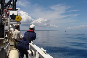 Waiting for the scientific diving crew to return to the boat with the ADCP sensors